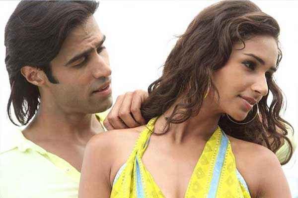 Karle Pyaar Karle Shiv Darshan Hasleen In Hot Romantic Scene Stills