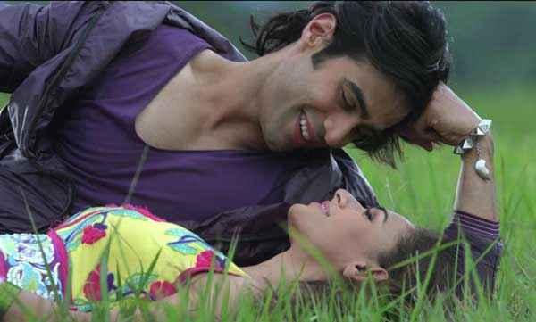 Karle Pyaar Karle Shiv Darshan Hasleen Kaur In Loving Mood Stills