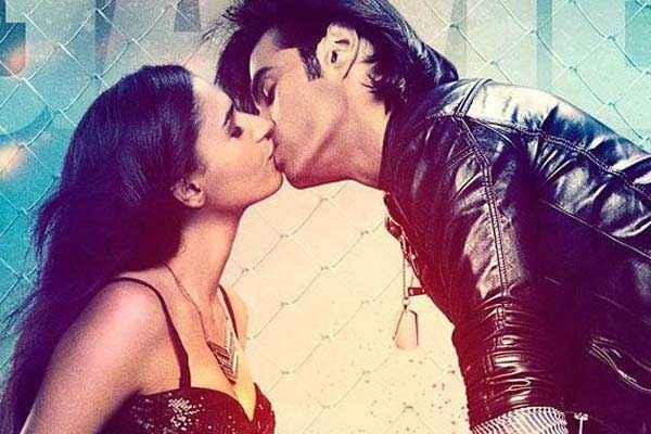 Karle Pyaar Karle Shiv Darshan Hasleen Kaur Kiss Scene Stills