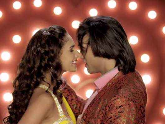 Karle Pyaar Karle Shiv Darshan Hasleen Kaur Sexy Hug Scene Stills
