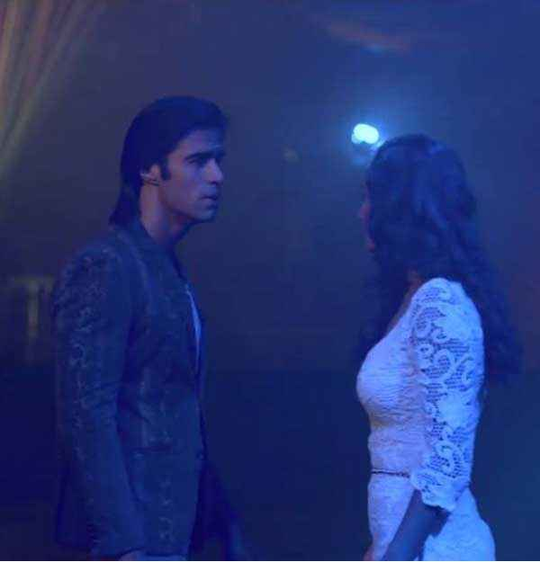 Karle Pyaar Karle Shiv Darshan In Black And Hasleen Kaur In White Dress Stills