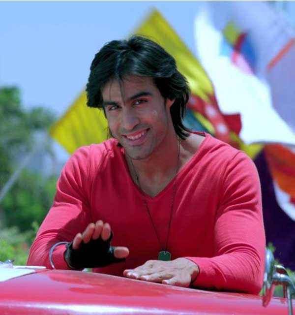 Karle Pyaar Karle Shiv Darshan Red Tshirt Wallpaper Stills