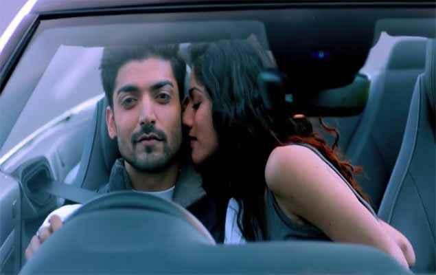 Khamoshiyan Sapna Pabbi Kissing Gurmeet Choudhary Stills