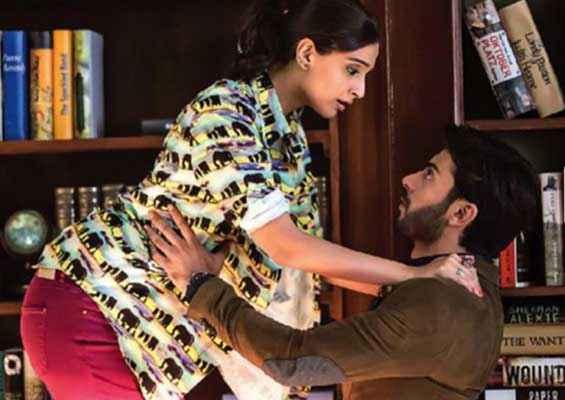 Khoobsurat 2014 Sonam Kapoor Fawad Khan Romance Scene Stills