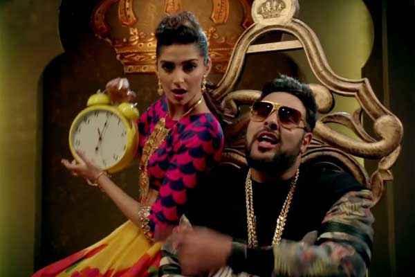 Khoobsurat 2014 Sonam Kapoor In Abhi Toh Party Shuru Hui Hai Song Stills