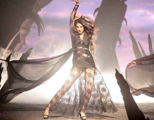 Kick Nargis Fakhri HD Wallpaper Stills