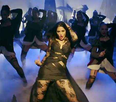 Kick Nargis Fakhri In Yaar Naa Miley Song Stills