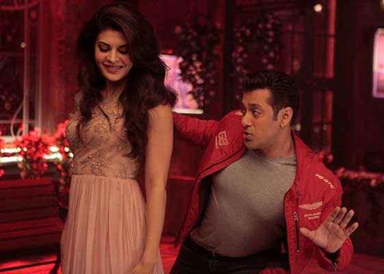 Kick Salman Khan Jacqueline In Red Dress Stills