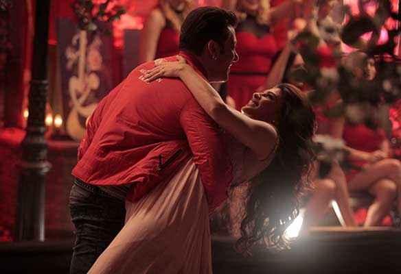 Kick Salman Khan Jacqueline Romance Stills