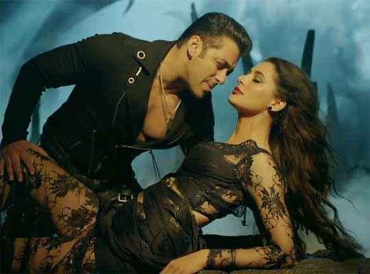 Kick Salman Khan Nargis Fakhri Romance Scene Stills