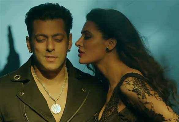 Kick Salman Khan Nargis Fakhri Romance Stills