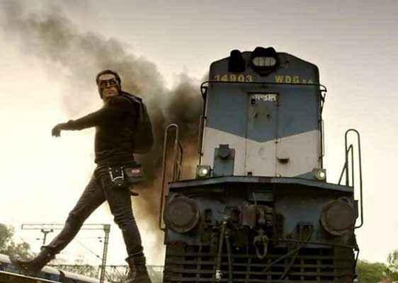 Kick Salman Khan Train Stunt Scene Stills
