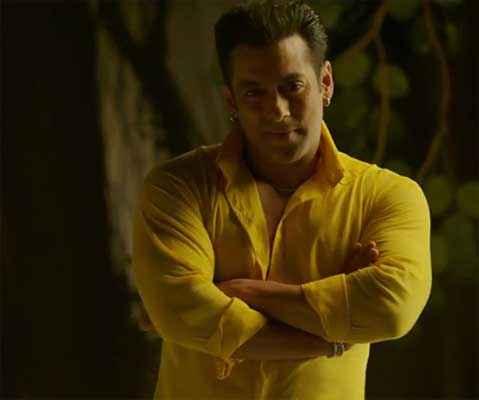 Kick Salman Khan Yellow Shirt Stills