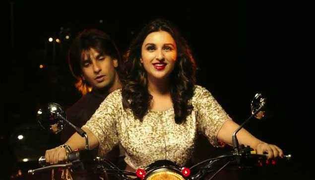 Kill Dil Parineeti Chopra Driving Bike With Ranveer Singh Stills