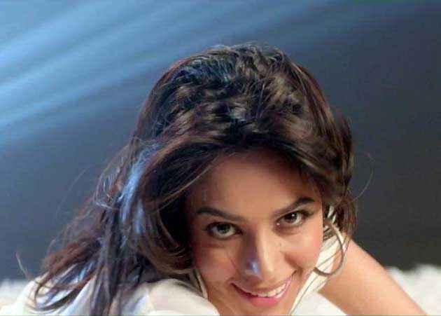 Kismat Love Paisa Dilli Star Cast Mallika Sherawat
