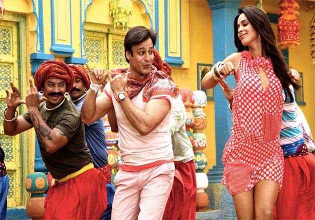 Kismat Love Paisa Dilli Mallika Sherawat And Vivek Oberoi Stills