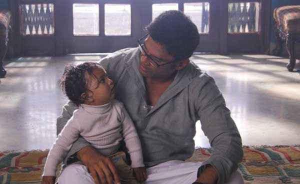 Koyelaanchal Suniel Shetty With Child Stills