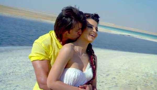 Krrish 3 Hrithik Roshan Kangana Ranaut Kissing Stills