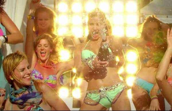 Kuch Kuch Locha Hai Sunny Leone In Bikini With Sampain Stills