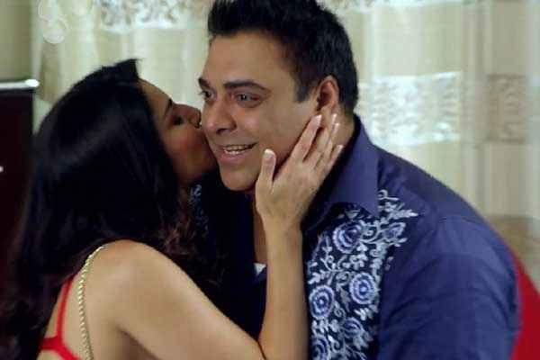Kuch Kuch Locha Hai Sunny Leone Kissing Ram Kapoor Stills