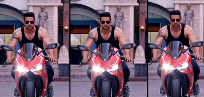 Kyaa Kool Hain Hum 3 Aftab Shivdasani On Bike Stills