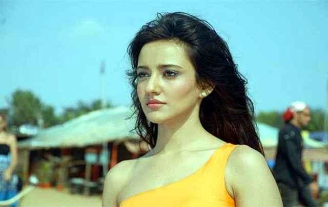 Kyaa Super Kool Hain Hum Star Cast Neha Sharma