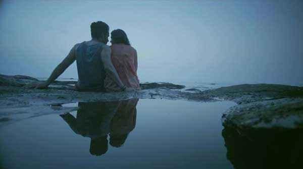 Lekar Hum Deewana Dil Deeksha Seth Armaan Jain Loving At Beach Stills