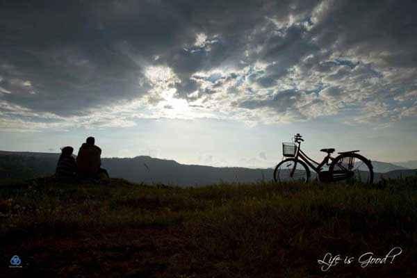 Lifes Good Nature Pics Stills