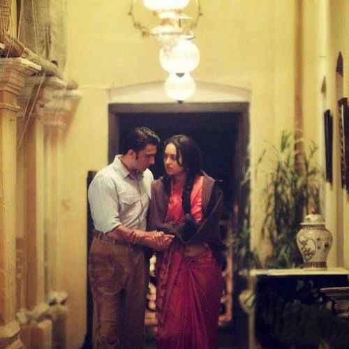 Lootera Ranveer Singh Sonakshi Sinha Romantic Scene Stills
