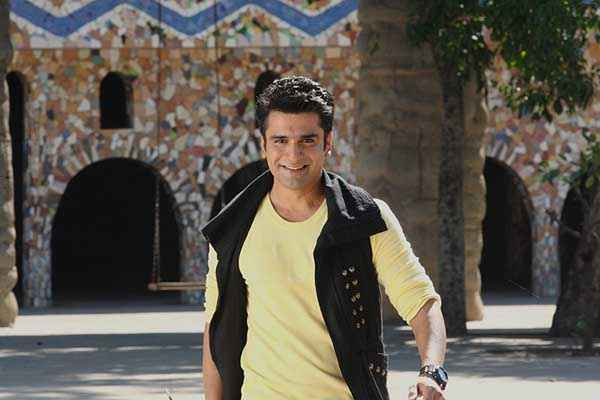 Lucky Kabootar Eijaz Khan Picture Stills