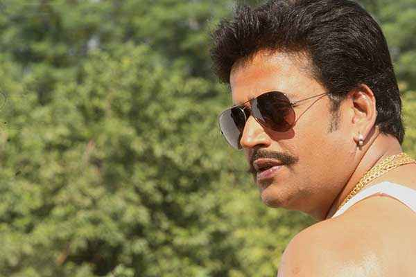 Lucky Kabootar Ravi Kishan Picture Stills
