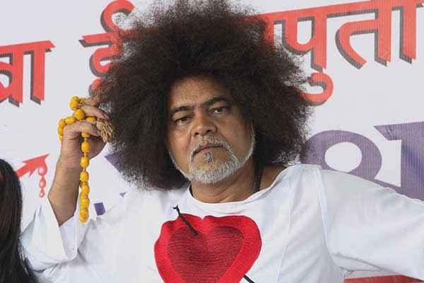 Lucky Kabootar Sanjay Mishra Stills