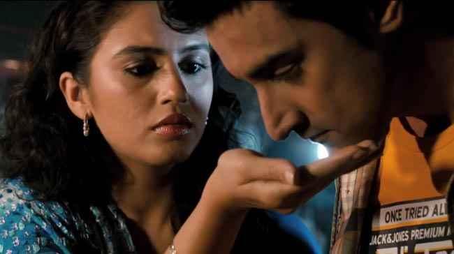 Luv Shuv Tey Chicken Khurana Kunal Kapoor Huma Qureshi Romance Stills