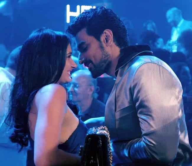Luv Shuv Tey Chicken Khurana Kunal Kapoor In Hot Scene Stills
