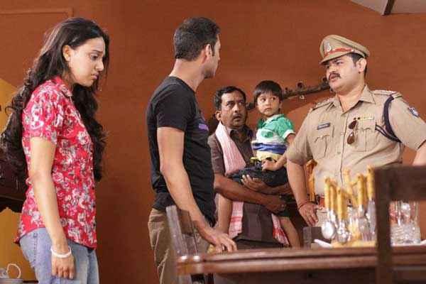 Machhli Jal Ki Rani Hai Bhanu Uday Swara Bhaskar Hemant Pandey Stills