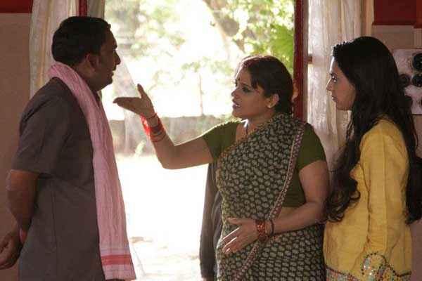 Machhli Jal Ki Rani Hai Hemant Pandey Swara Bhaskar Stills