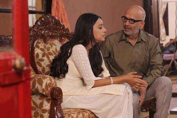 Machhli Jal Ki Rani Hai Swara Bhaskar Saurabh Dubey Stills