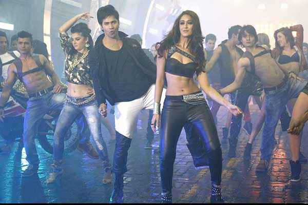 Main Tera Hero Varun Dhawan Ileana Dcruz Hot Dance Stills