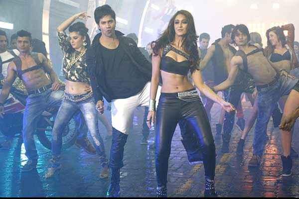 Main Tera Hero Varun Dhawan Ileana Dcruz Hot Dance Stills