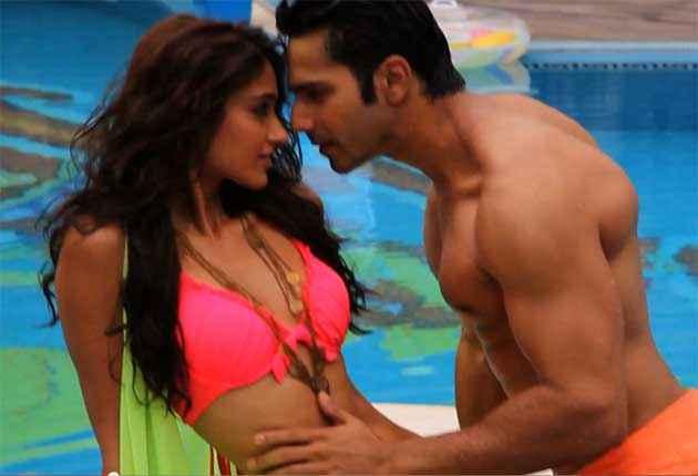Main Tera Hero Varun Dhawan Ileana Dcruz In Red Bikini Stills