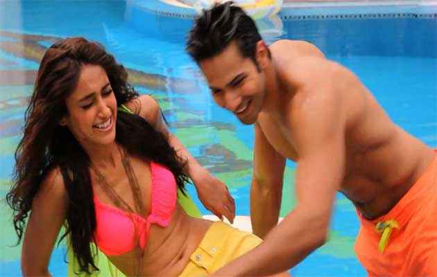 Main Tera Hero Varun Dhawan Ileana Dcruz Swimming Dress Stills