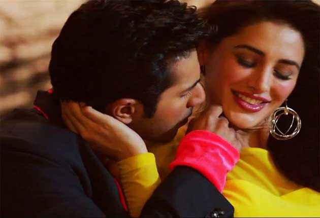 Main Tera Hero Varun Dhawan Nargis Fakhri Kissing Scene Stills