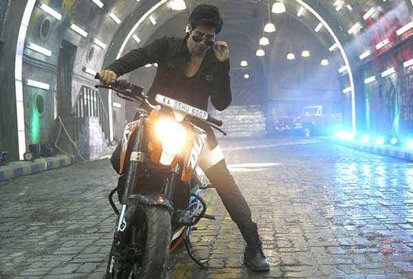 Main Tera Hero Varun Dhawan With Bike Stills