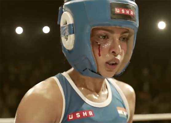 Mary Kom Priyanka Chopra Boxing Wallpaper Stills