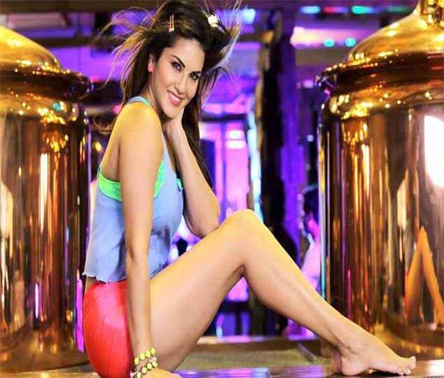 Mastizaade Sunny Leone HD Wallpaper Stills