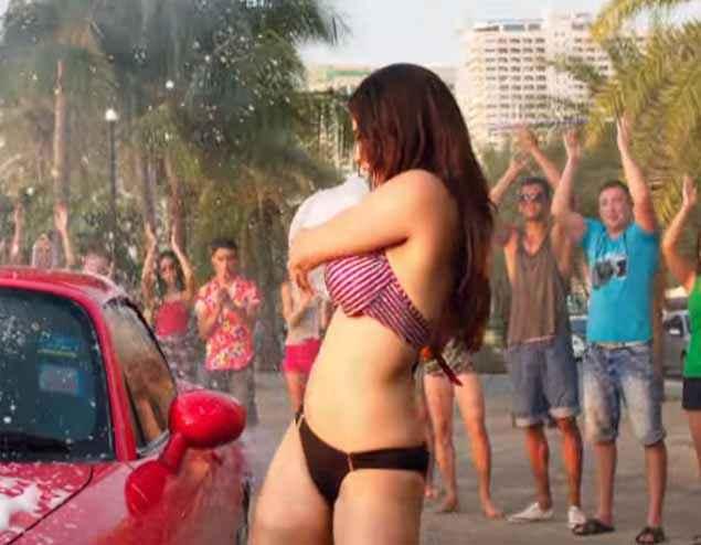 Mastizaade Sunny Leone Sexy Car Washing Scene Stills