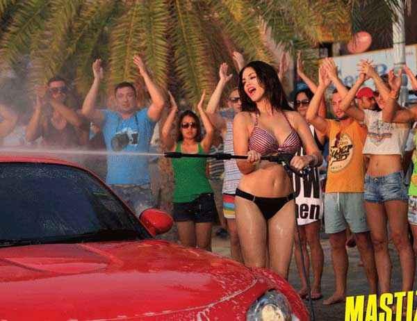 Mastizaade Sunny Leone Washing Car In Black Penty And Bra Stills