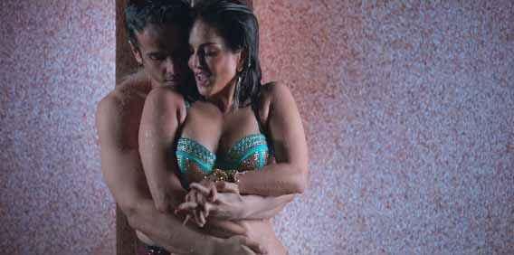 Mastizaade Tusshar Kapoor Sunny Leone Hot Water Scene Stills