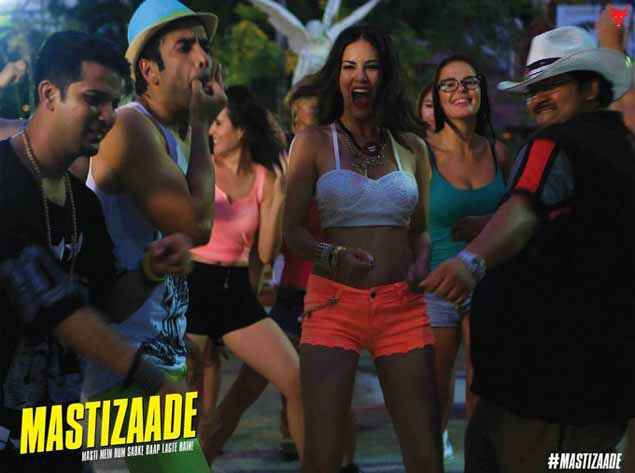 Mastizaade Tusshar Kapoor Sunny Leone In Dance Masti Modd Stills
