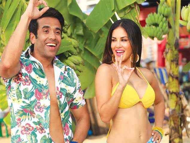 Mastizaade Tusshar Kapoor Sunny Leone In Yellow Bra Stills